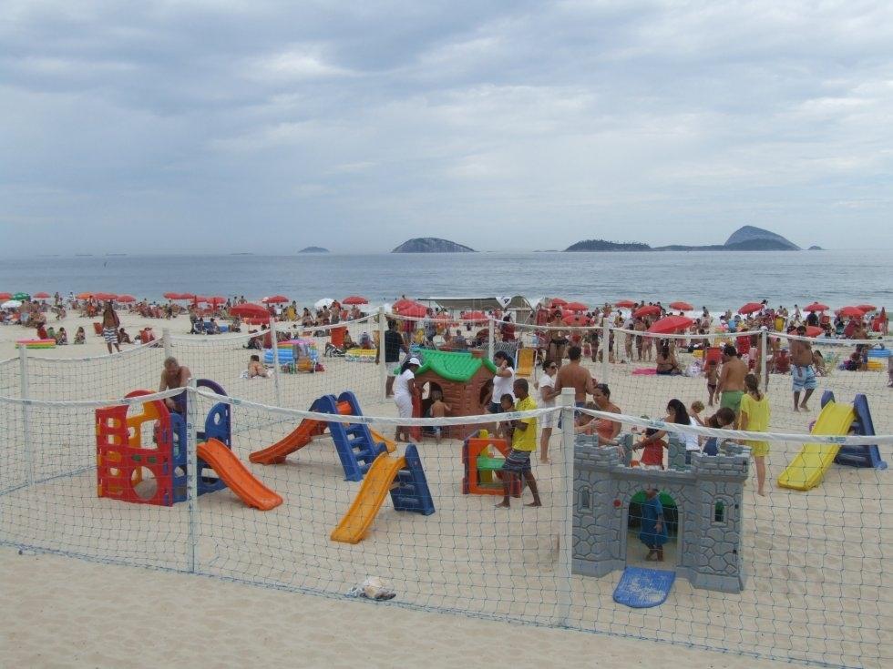quiosque-baixo-bebe-praia-do-leblon_126441