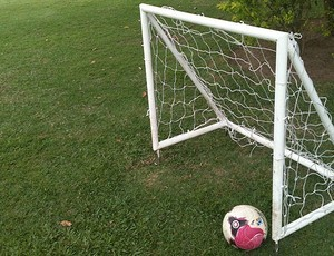 Futebol com golzinho