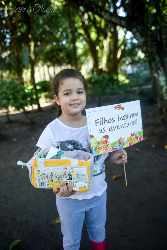 Entrega do kit de plantio da Mafuá Kids