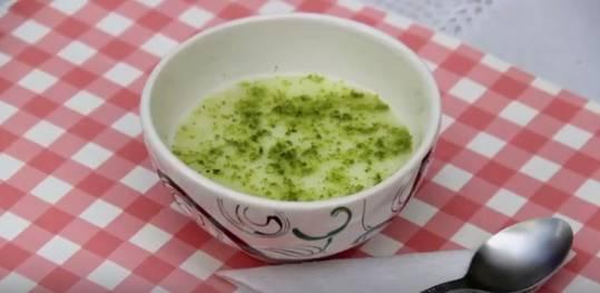 sopa-gelada-de-mela%cc%83o-e-gengibre