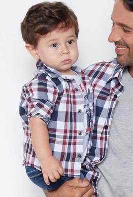 Camisa xadrez tal pai, tal filho - R$119,00 (pai) e R$79,00 (filho) - www.heringkids.com.br
