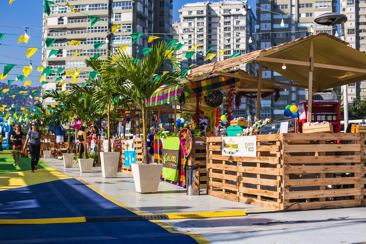 Botafogo Praia Shopping e ONG Viva Rio realizam campanha do agasalho  83123a9503c91